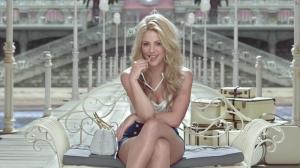Shakira dans Publicité pour Costa Croisieres - 29/12/15 - 07