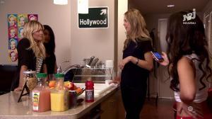 Ayem Nour et Laura Coll dans Hollywood Girls - 20/11/17 - 02
