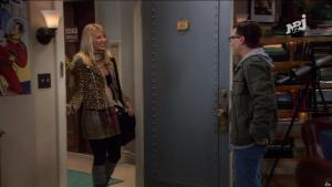 Kaley Cuoco dans The Big Bang Theory - 25/11/17 - 01