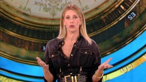 Alessia Marcuzzi dans l'Isola Dei Famosi - 31/01/19 - 03