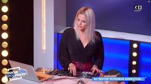 Kelly Vedovelli dans Touche pas à mon Poste - 01/10/18 - 02