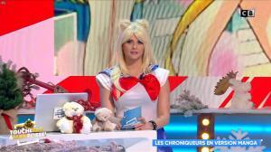 Kelly Vedovelli dans Touche pas à mon Poste - 18/12/18 - 06
