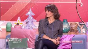 Faustine Bollaert dans Ça Commence Aujourd'hui - 16/12/19 - 01