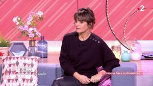 Faustine Bollaert dans Ça Commence Aujourd'hui des Nouvelles - 16/10/19 - 04
