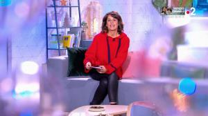 Faustine Bollaert dans Ça Commence Aujourd'hui, Des Nouvelles... - 22/11/19 - 03