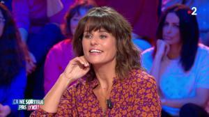 Faustine Bollaert dans Ça Ne Sortira pas d'Ici - 23/10/19 - 05