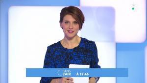 Mélanie Taravant dans C à Dire - 31/12/19 - 02