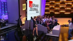Clotilde Courau dans le Grand Journal De Canal Plus - 29/03/11 - 1