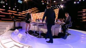 Clotilde Courau dans le Grand Journal De Canal Plus - 29/03/11 - 3