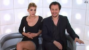 Clotile Courau dans le Grand Journal De Canal Plus - 30/03/11 - 2