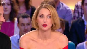 Frédérique Bel dans le Grand Journal De Canal Plus - 11/03/11 - 2
