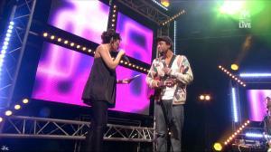 Karima Charni dans M6 Music Live - 27/02/11 - 2