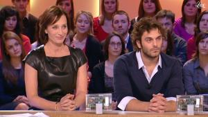 Kristin Scott Thomas dans le Grand Journal De Canal Plus - 25/01/11 - 3