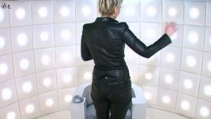 Maïtena Biraben dans le Grand Journal De Canal Plus - 21/01/11 - 4