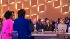 Audrey Pulvar dans le Grand Journal de Canal Plus - 05/04/13 - 02