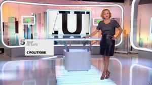 Caroline Roux dans C Politique - 05/10/14 - 004
