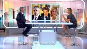 Caroline Roux dans C Politique - 05/10/14 - 021