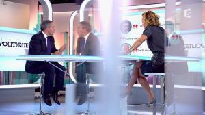 Caroline Roux dans C Politique - 05/10/14 - 049
