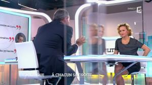 Caroline Roux dans C Politique - 05/10/14 - 055