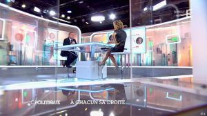 Caroline Roux dans C Politique - 05/10/14 - 056