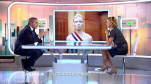 Caroline Roux dans C Politique - 05/10/14 - 068