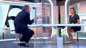 Caroline Roux dans C Politique - 05/10/14 - 069