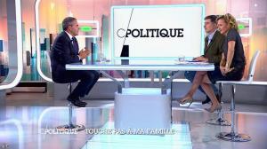 Caroline Roux dans C Politique - 05/10/14 - 082