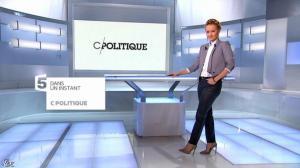 Caroline Roux dans C Politique - 08/12/13 - 01