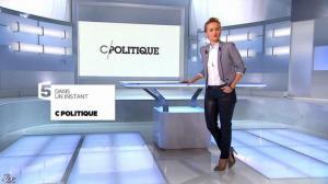 Caroline Roux dans C Politique - 08/12/13 - 02