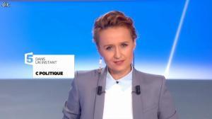 Caroline Roux dans C Politique - 08/12/13 - 03