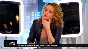 Caroline Roux dans C dans l'Air - 24/03/14 - 06