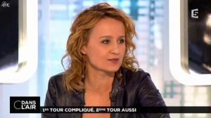 Caroline Roux dans C dans l Air - 24/03/14 - 07