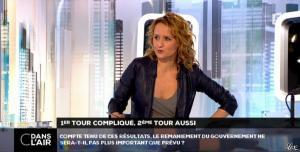 Caroline Roux dans C dans l'Air - 24/03/14 - 08