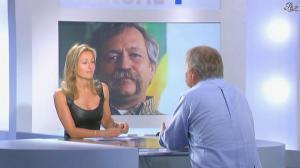 Anne-Sophie Lapix dans Dimanche Plus - 10/05/09 - 04