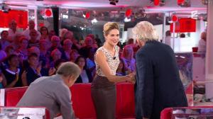 Barbara Schulz dans Vivement Dimanche - 09/10/16 - 03