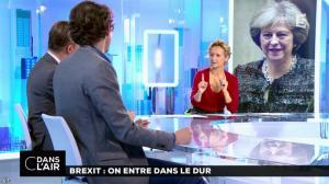 Caroline Roux dans C dans l Air - 20/10/16 - 01