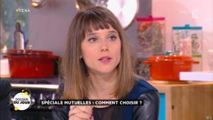 Mélanie Taravant dans la Quotidienne - 26/11/15 - 04