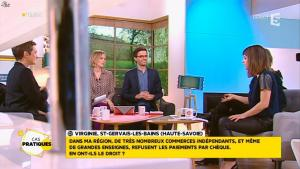 Mélanie Taravant dans la Quotidienne - 26/11/15 - 12