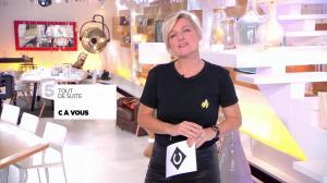 Anne-Elisabeth Lemoine dans C à Vous - 06/10/17 - 02