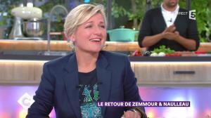 Anne-Elisabeth Lemoine dans C à Vous - 10/10/17 - 02