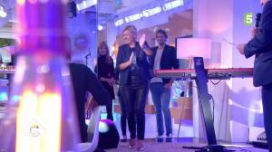 Anne-Elisabeth Lemoine dans C à Vous - 10/10/17 - 03