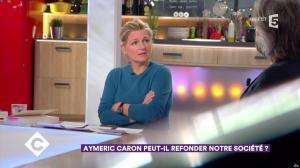 Anne-Elisabeth Lemoine dans C à Vous - 21/11/17 - 05