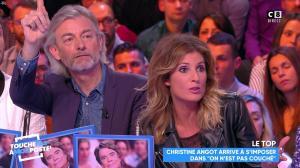Caroline Ithurbide dans Touche pas à mon Poste - 21/11/17 - 32