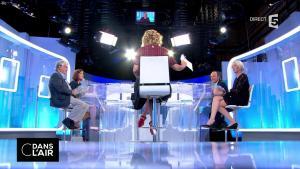 Caroline Roux dans C dans l'Air - 30/08/17 - 01