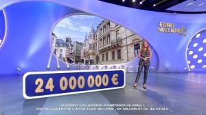 Elsa Fayer dans Euro Millions - 11/08/17 - 05