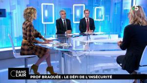 Caroline Roux dans C dans l'Air - 22/10/18 - 02
