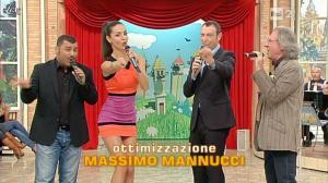 Laura Barriales dans Mezzogiorno in Famiglia - 17/03/12 - 02