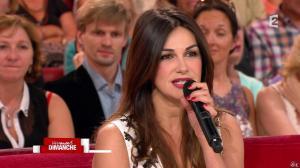 Héléna Noguerra dans Vivement Dimanche - 29/09/13 - 19