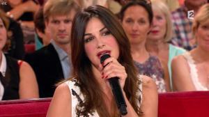 Héléna Noguerra dans Vivement Dimanche - 29/09/13 - 25