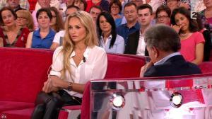 Adriana Karembeu dans Vivement Dimanche Prochain - 14/09/14 - 04